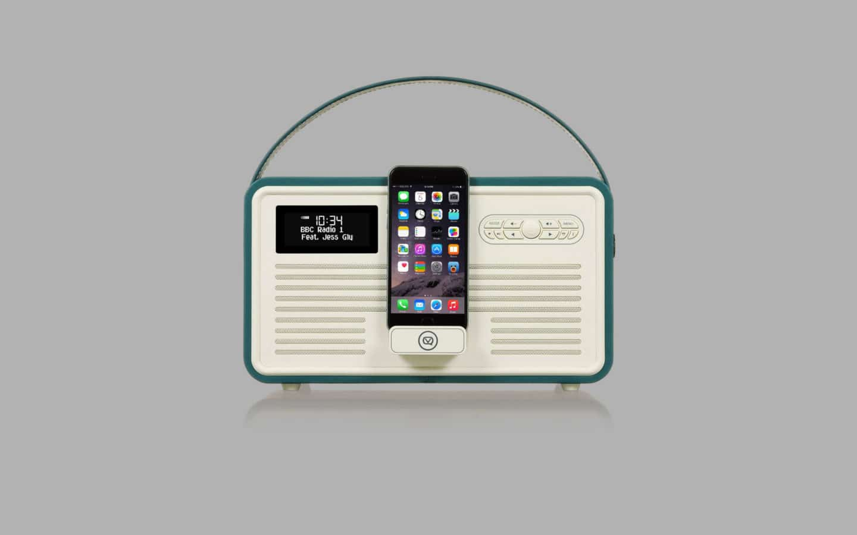 Digital Radio With An iPod Dock 3